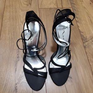 Heels tie around ankle